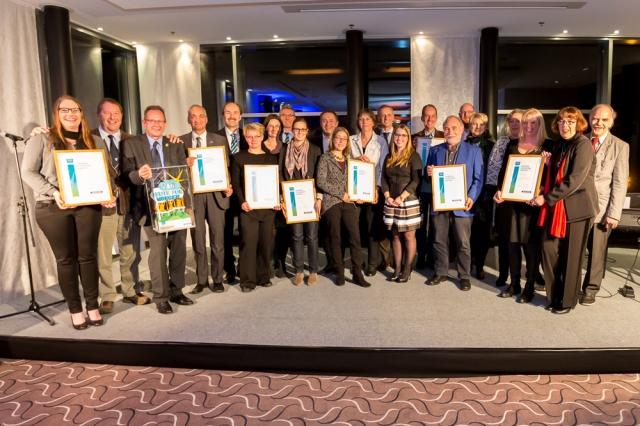 Glückliche Gewinner beim Sparda Horizont Award am 28.10.2014 im Hotel Mövenpick
