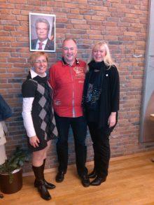 Gleichstellungsbeauftragte Maria Spetter (li.) mit Fördervereinsvorstand Ester Peter und Marcel Evers, Mitarbeiter Förderverein KinderLeben e.V.
